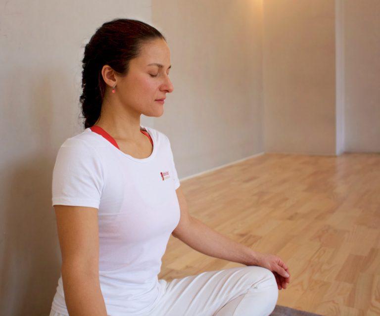 Claudia Gauramrita Baltodano Valverde, Yoga, Heilpraktiker Berlin.Schmerztherapeup Liebscher und Bracht, Yoga Einzeluntericht, Berlin